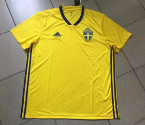 Jersey Bola Swedia Home World Cup 2018